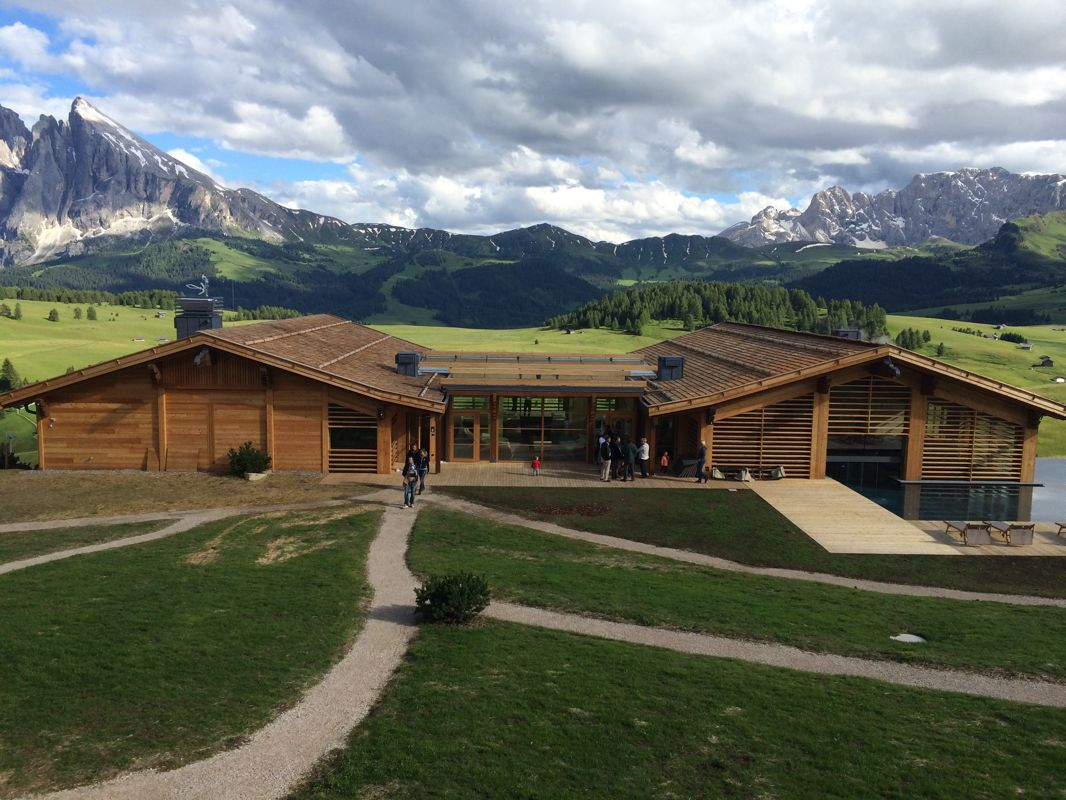 Adler mountain lodge hotel alpe di siusi bz for Alpine lodge