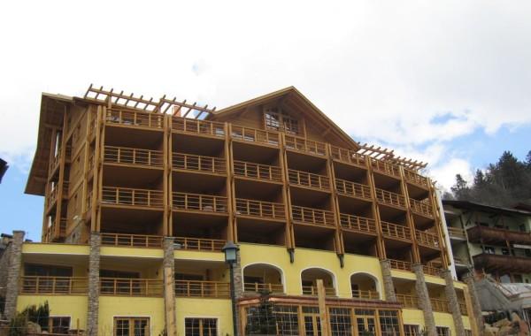 HOTEL REGINA – Hotelgebäude – St. Ulrich (BZ)