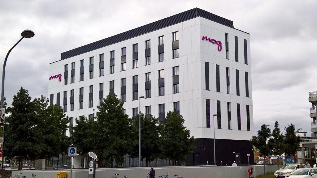 hb_moxy_hotel_lh_07