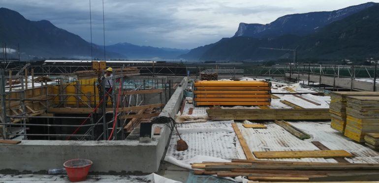 Fertigstellung Rohbau HQ hb engineering – Lana (BZ)